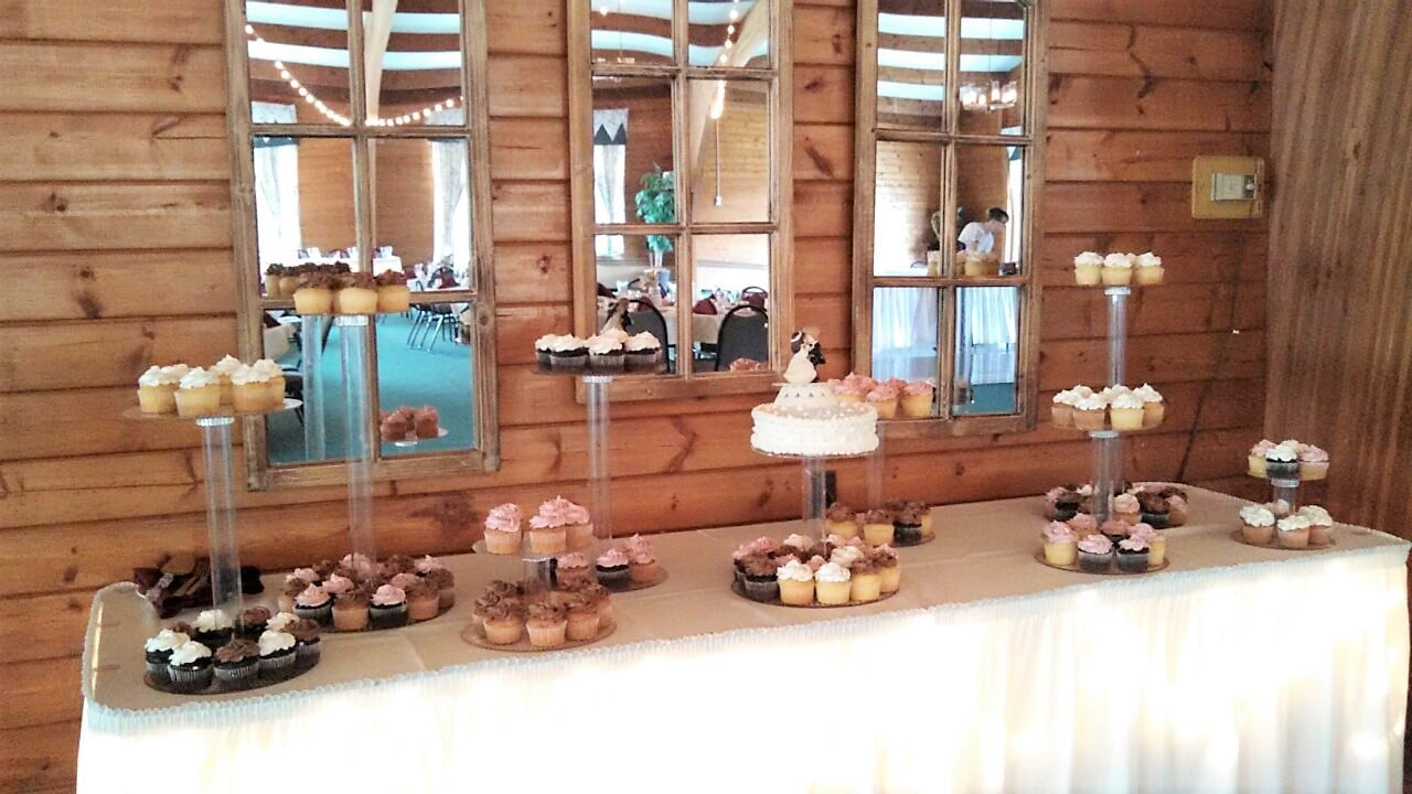 Wedding Cupcake Set-up
